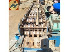 供应环保型圆管压房管机设备 废旧脚手架圆管变方管机一次压两根