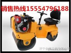 张家口夏季最畅销的小型座驾式压路机,双钢轮振动压路机