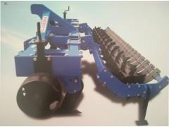 1S-300型曲面深松机